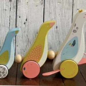 Pull Along Family of Geese Toys